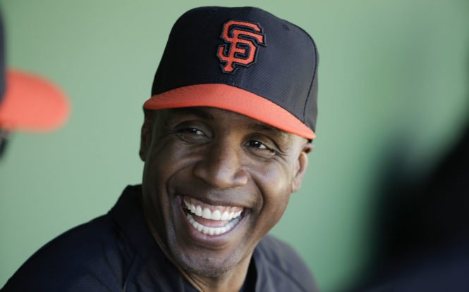 #BarryBonds is back w/ the @SFGiants but this time he&#39;s stepping to the plate in a different role  http:// ow.ly/i4Vs30a7M5J  &nbsp;   #TuesdayMotivation<br>http://pic.twitter.com/PMjFZqh7G9