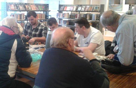 RT @Drechtsteden: Repair Café blijft in de Bibliotheek https://t.co/8LQJQs34LH https://t.co/r6hAXNMOCb