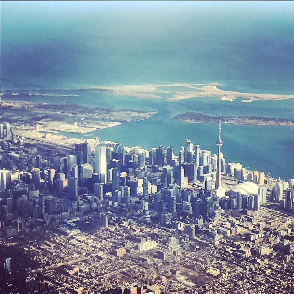 Home's looking so good today!  #Toronto #AC715  http:// ift.tt/2nkhURs    <br>http://pic.twitter.com/LzHmEWHBrN