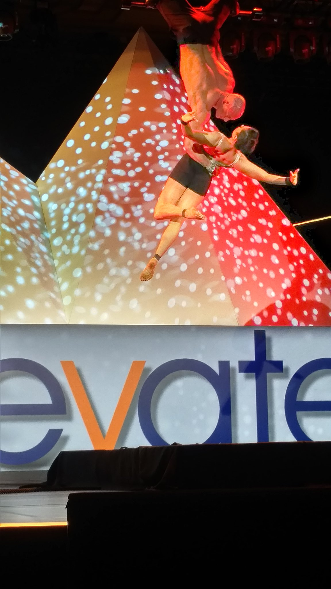 And we are off with a trapeze show. #Ulticonnect https://t.co/txz56io6HU
