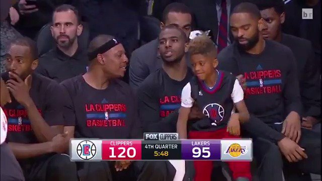Mini CP3 bout to check in?