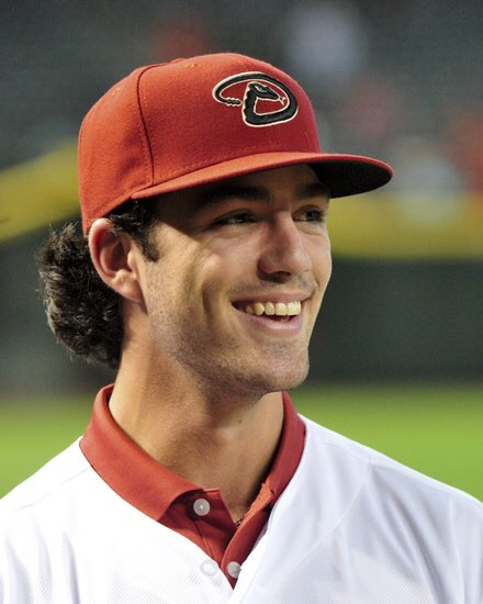 Best Lettuce On Twitter Dansby Swanson Has A Great Head Of Flow Letty Salad Cabbage