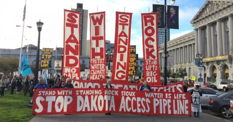 BAM! ING has sold its stake in Dakota Access pipeline:  http:// buff.ly/2mqpzyj  &nbsp;   #Climate #cdnpoli #divest #NoKXL #NoDAPL #WaterIsLife <br>http://pic.twitter.com/Ol9PK61sLy