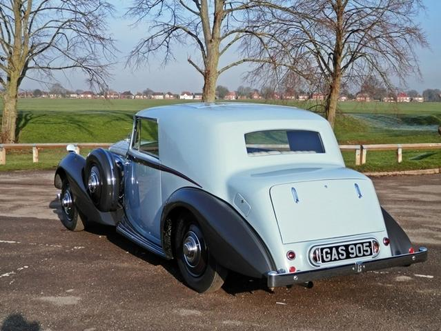 1938 #Bentley 4 1/4 Litre #Derby #FixedHead #Coupe #wednesday #wednesdaywisdom #wednesdaymotivation #classiccars  http:// ow.ly/eR3f30a8To2  &nbsp;  <br>http://pic.twitter.com/Nu6hgHgPQf