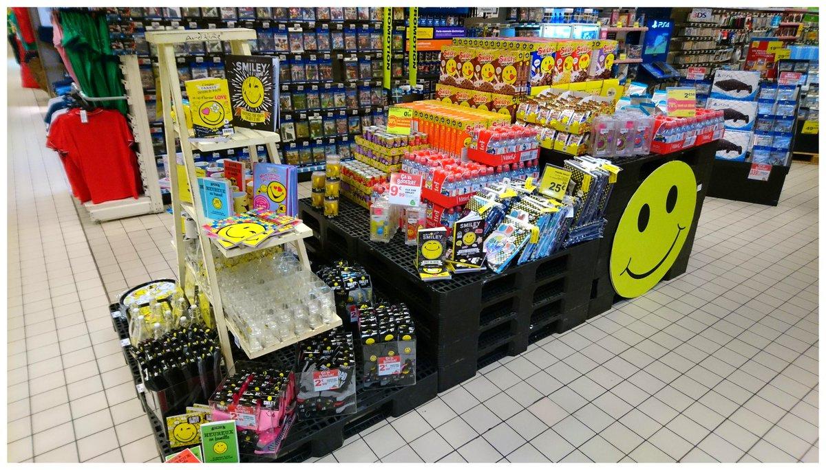 Soyez heureux avec #Auchan et #smiley !  20ème anniversaire des premiers smileys !!  @SmileyOriginal   http://www. smiley.com/auchan  &nbsp;  <br>http://pic.twitter.com/pypIVOpvhK