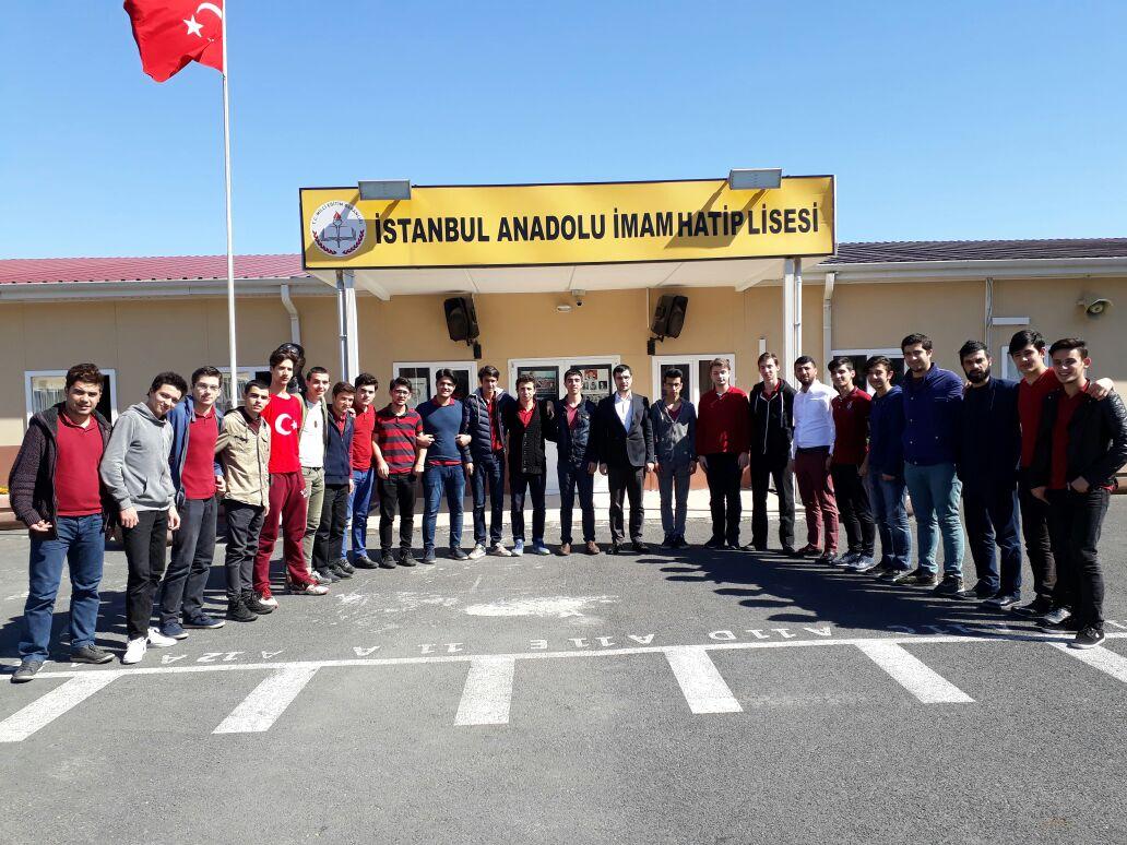 #AkGençFatih olarak İstanbul Anadolu İmam Hatip Lisesi'ni ziyaret edip...
