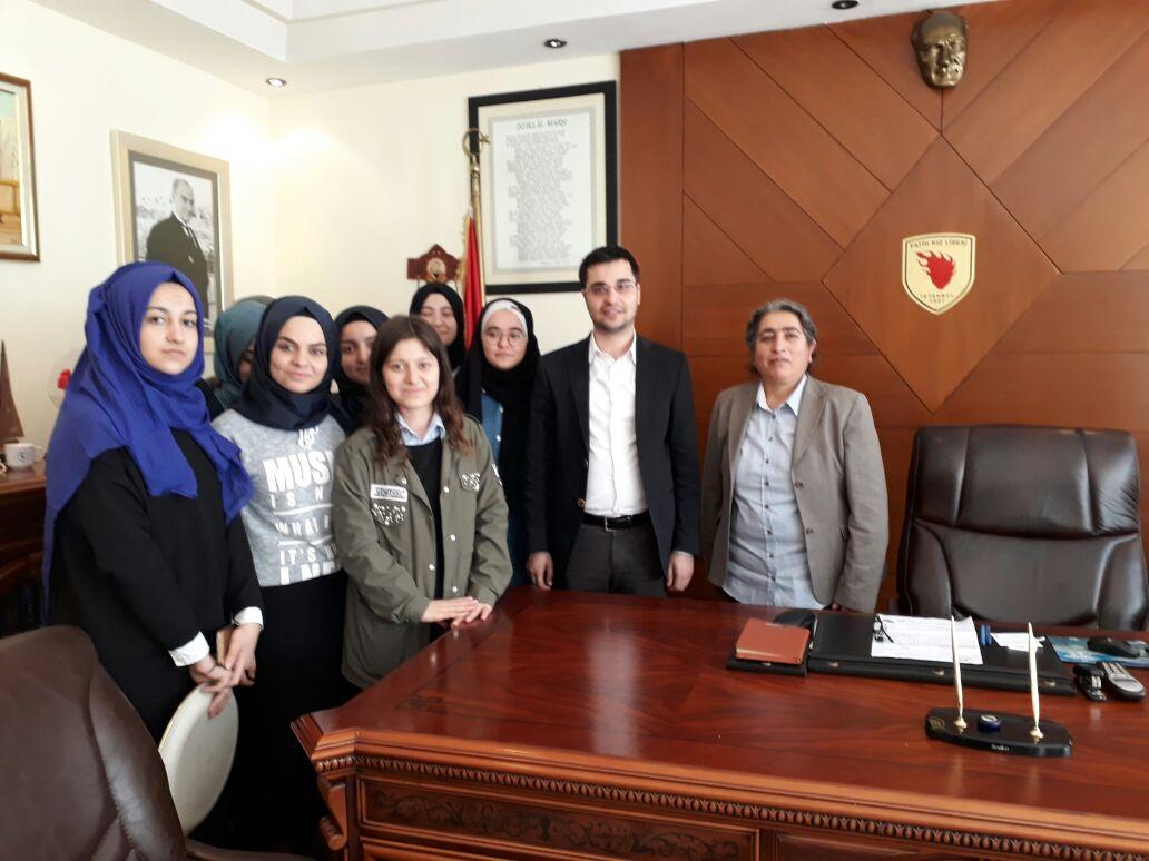#AkGençFatih olarak Fatih Kız Anadolu İmam Hatip Lisesi'ni ziyaret edi...