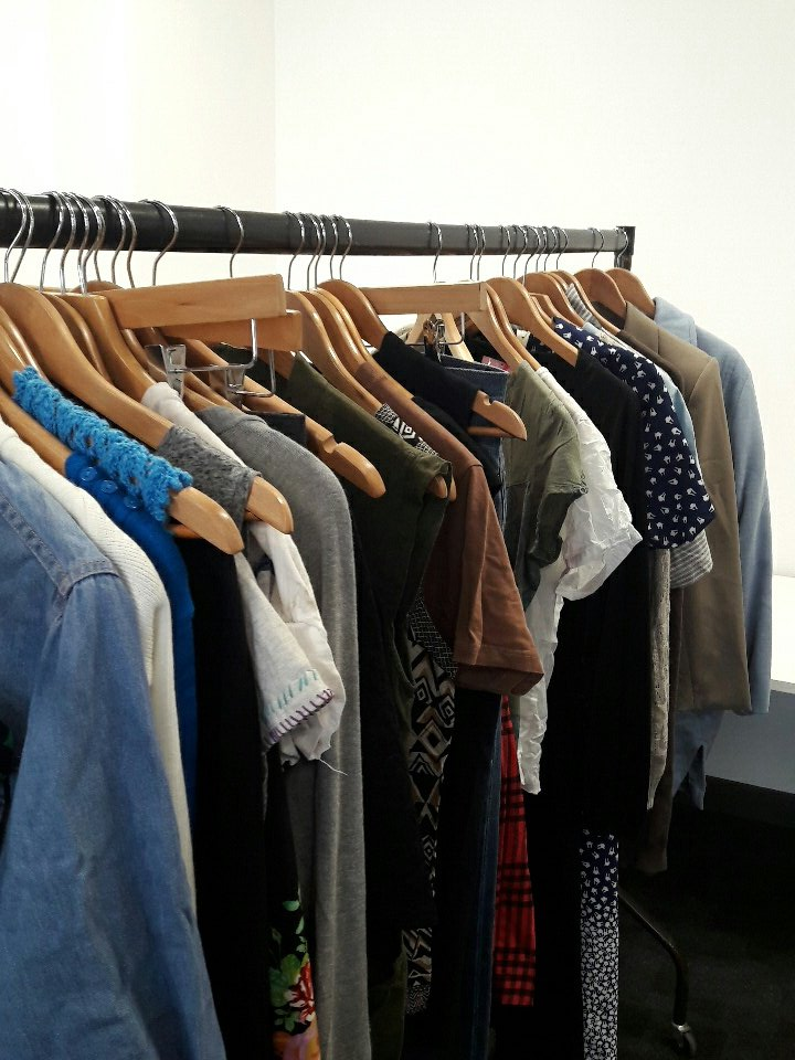 Getting ready with @SueRyderGoose for our Clothes Swap! Have a gander 11-3 Vijay Patel Design Wing rm 1.11 @dmuleicester @Art_and_Design https://t.co/rhEunb3rAw