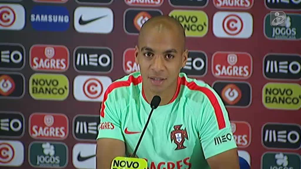 João Mário: «Sinto alguma saudade do Sporting» https://t.co/8hImG3HeZw...