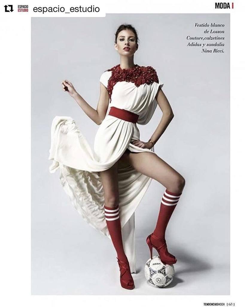 #Repost @espacio_estudio ・・・ Tendencias Magazine @didacalcoba - @chiquipe  #estudio #ba…  http:// ift.tt/2nALR0g  &nbsp;  <br>http://pic.twitter.com/OAgu0zpJrb
