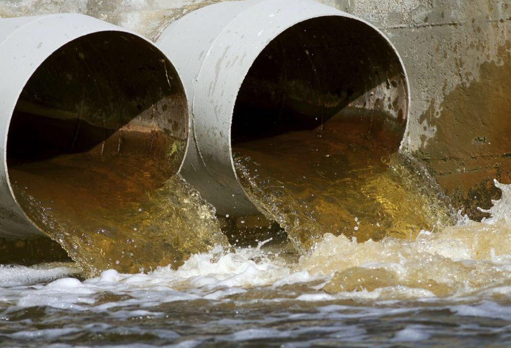 La transparence #PLQ : Québec verrouille l'accès aux données sur les eaux usées. #environment  http://www. ledevoir.com/environnement/ actualites-sur-l-environnement/494508/eaux-usees &nbsp; … <br>http://pic.twitter.com/QDj8vRdoHK