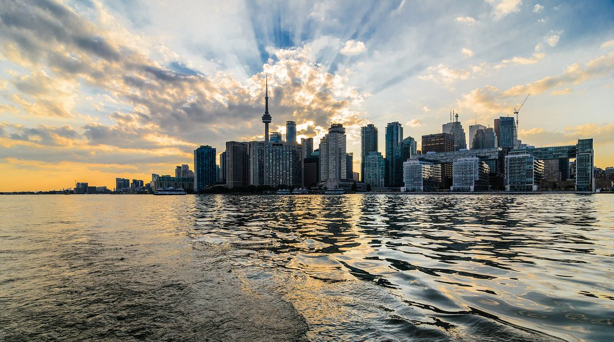 What to do this #HumpDay in #Toronto https://t.co/kWOR1i1mf5 https://t...