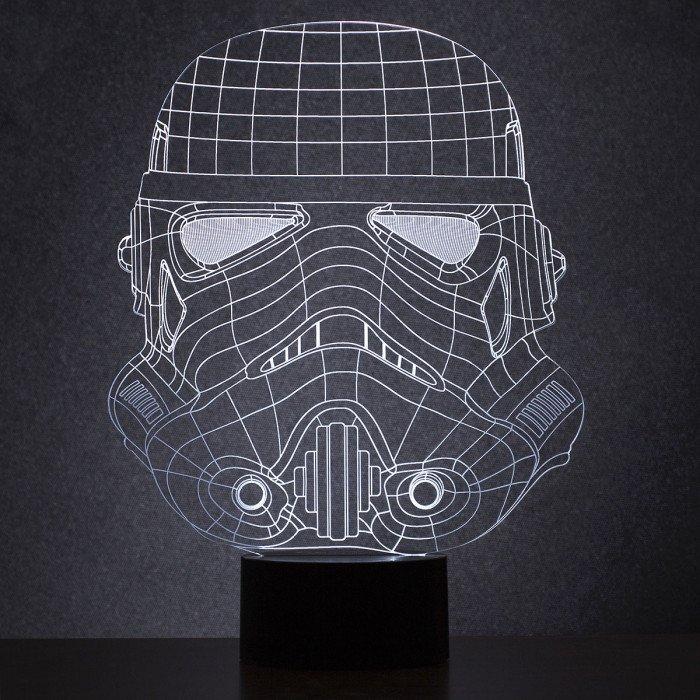 Une lampe Stormtrooper pour éclaicir le côté obscur de la maison ! #starwars #stormtrooper Shop -&gt;  https:// goo.gl/uJeMxj  &nbsp;  <br>http://pic.twitter.com/BKBXSYnqii