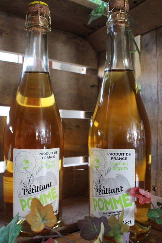 Découvrez notre sélection de #boissons #terroir sans alcool en #Ardenne :  http:// bit.ly/2nRBJ0r  &nbsp;  <br>http://pic.twitter.com/t3yY9D9hue