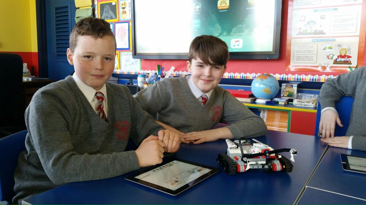 Holyfamilypsderry On Twitter Thanks To Nerve Centre For Working With Our P7 Pupils Mindstorms Stem In Action