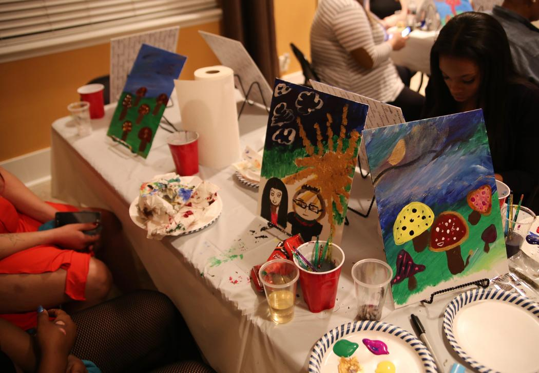 I went to a painting class for stoners: https://t.co/7OgpfCLf7S https:...