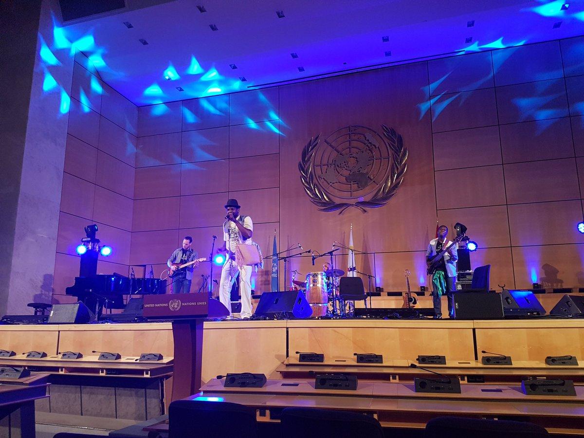 'Qu'est-ce qu'on va faire? Lâcher prise à l'ONU !' #slff #mon20mars @O...