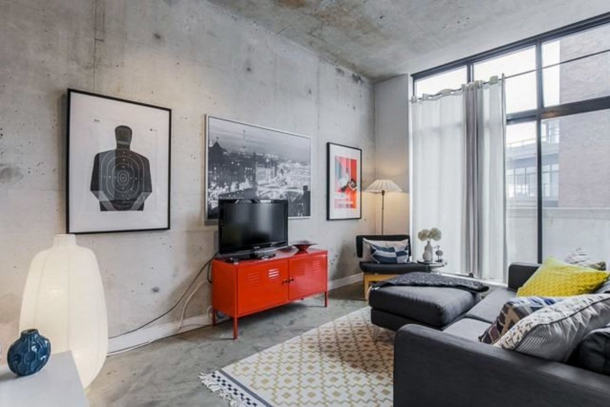 This is what a $2,200 condo rental looks like in #Toronto https://t.co...