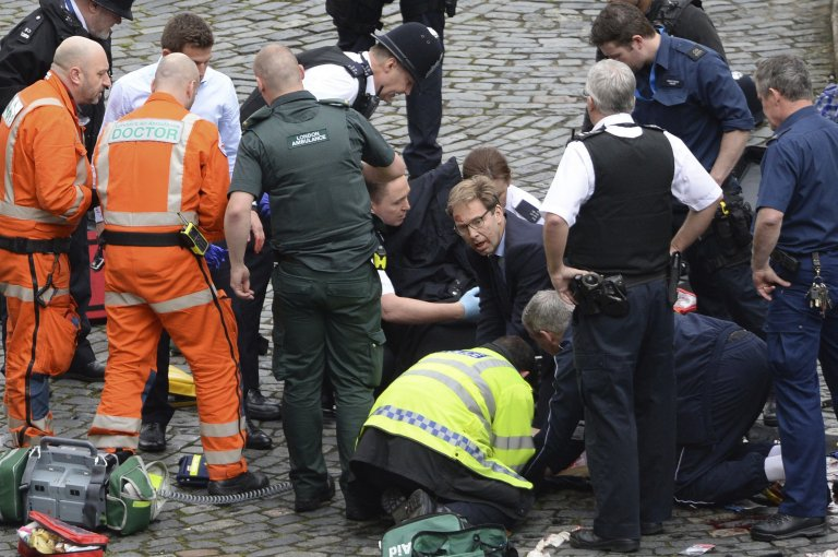 Remarkable photo. Minister for Counter-Terrorism @Tobias_Ellwood with...