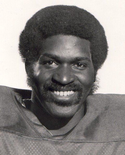 .@EdmontonEsks mourn the loss of Hall of Fame DB Larry Highbaugh   htt...