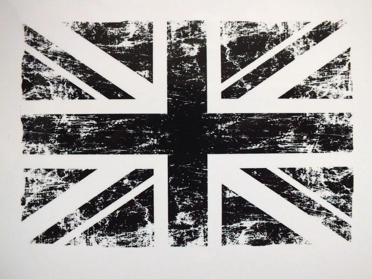 #SOUTIEN #LONDRES  #Fatou  Team @PepsupMusic<br>http://pic.twitter.com/ErhK23VeOD