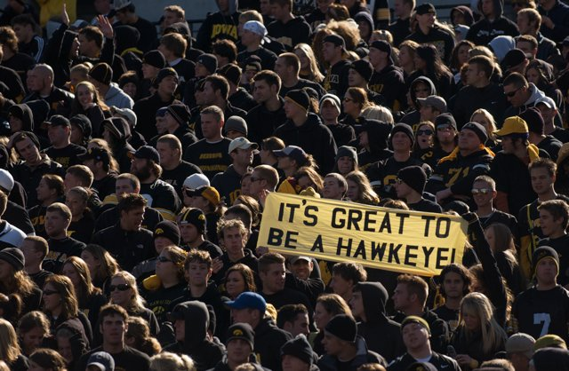 Wise words from wise fans. It&#39;s great to be a #Hawkeye. #WednesdayWisdom <br>http://pic.twitter.com/eoC622N3SP