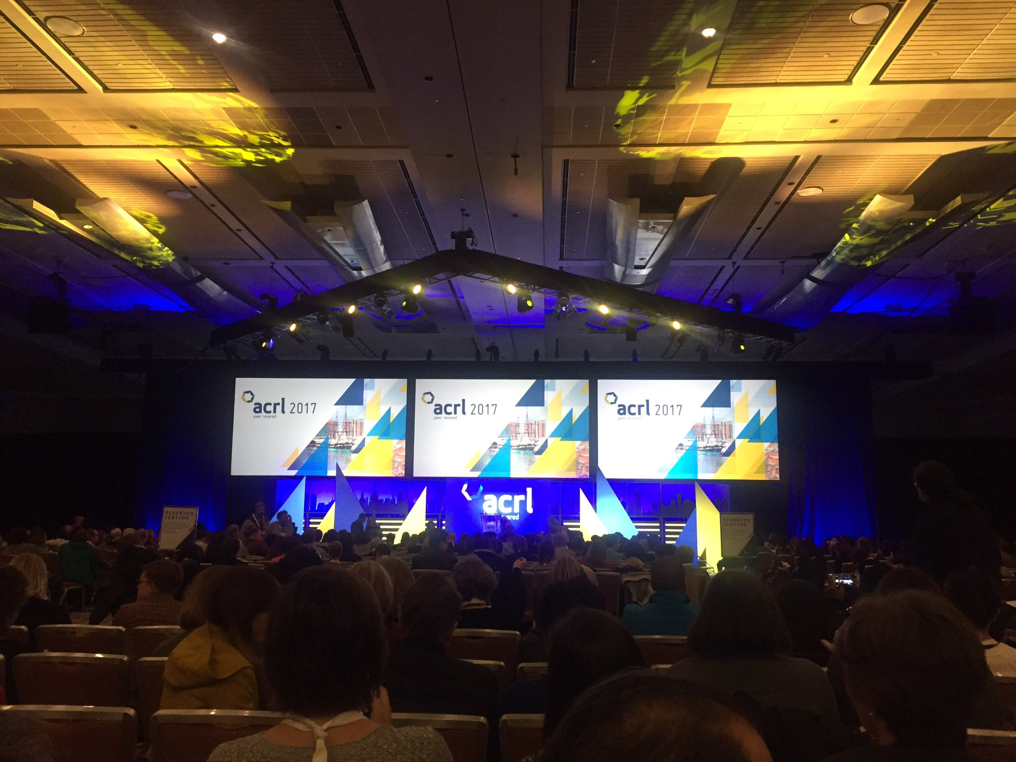 Ready for the opening keynote at my first ACRL conference! Who else is here? Let's meet up! #acrl2017 https://t.co/OObFgZrHhe