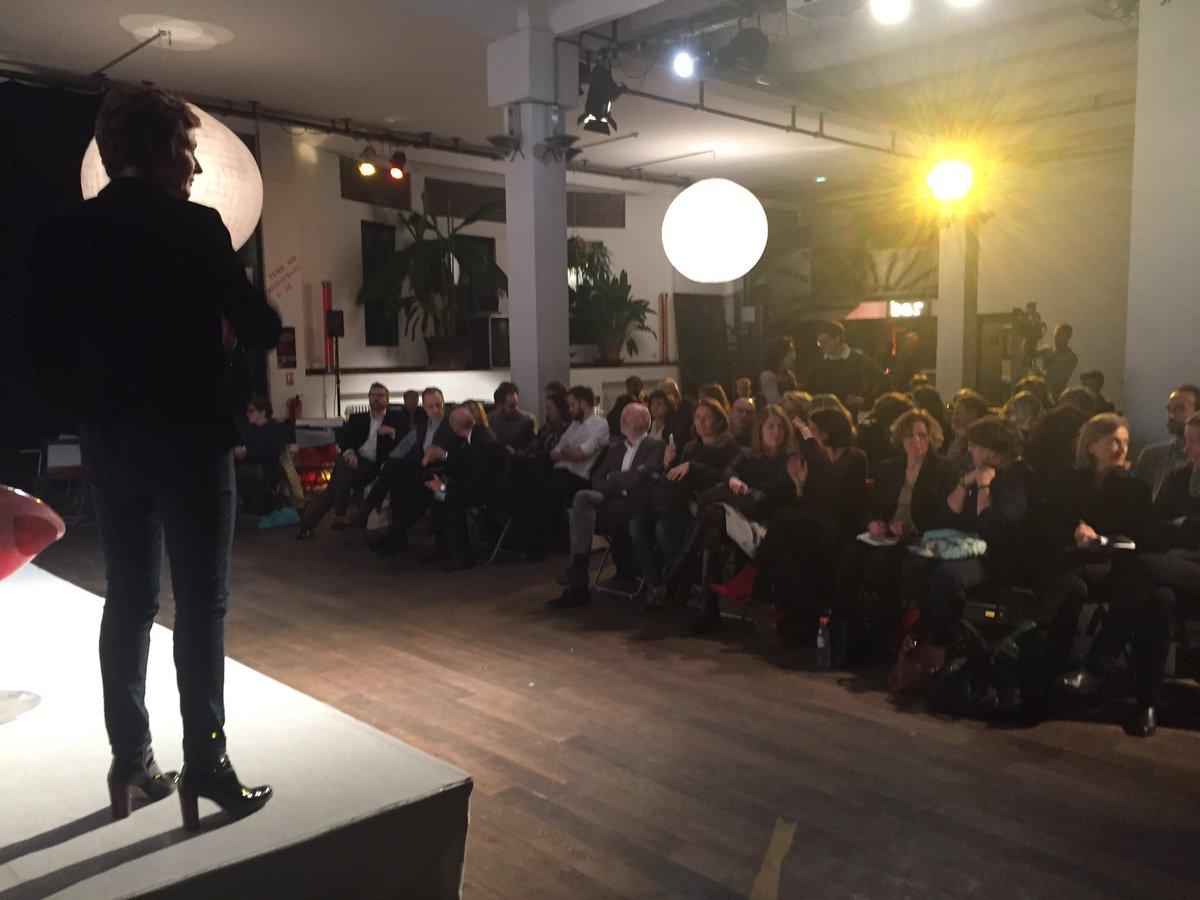 Soirée #Education et #musique @labellevilloise avec @DumasFrederique : faire de la #musique booste l&#39;intelligence @enmarchefr<br>http://pic.twitter.com/L7QCUkmMaI