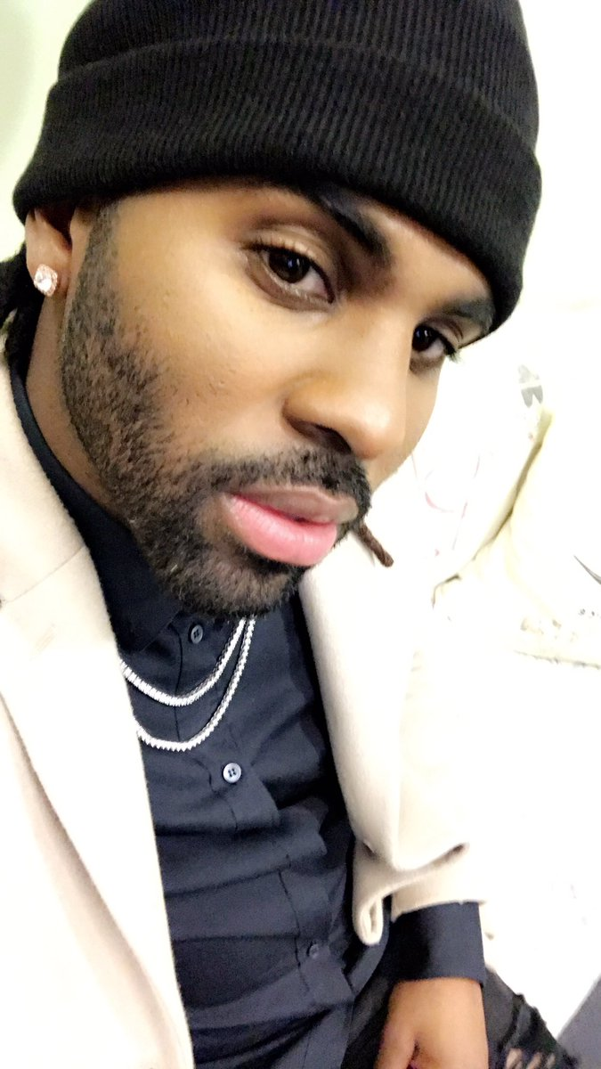 Wanna ask @jasonderulo a question? He\'s answering the best ones, just send yours with #AskJason! #jasonderulo