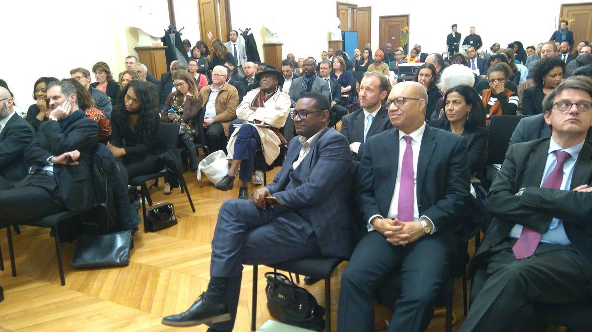 Salle comble au ministère @loutremer pour la signature convention #innovation avec #Ugap @JMMormeck @Matignon<br>http://pic.twitter.com/JmhgFcA0Ls