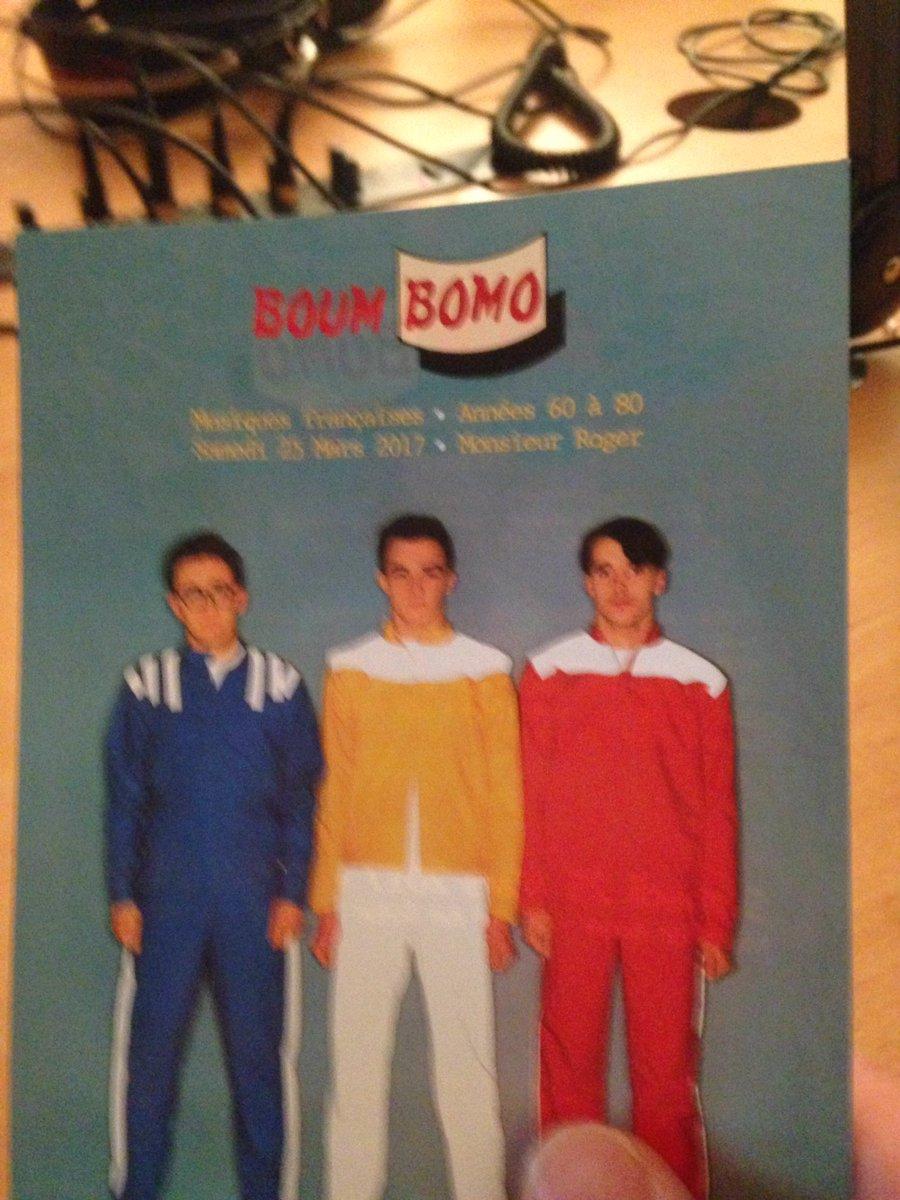 En plus d&#39;être #onair le même jour que nous (mais à 22h et sur @Radio_Prun), @BoumBomo est dans le studio de @GrafUrbanRadio !<br>http://pic.twitter.com/oTysy7OLuk