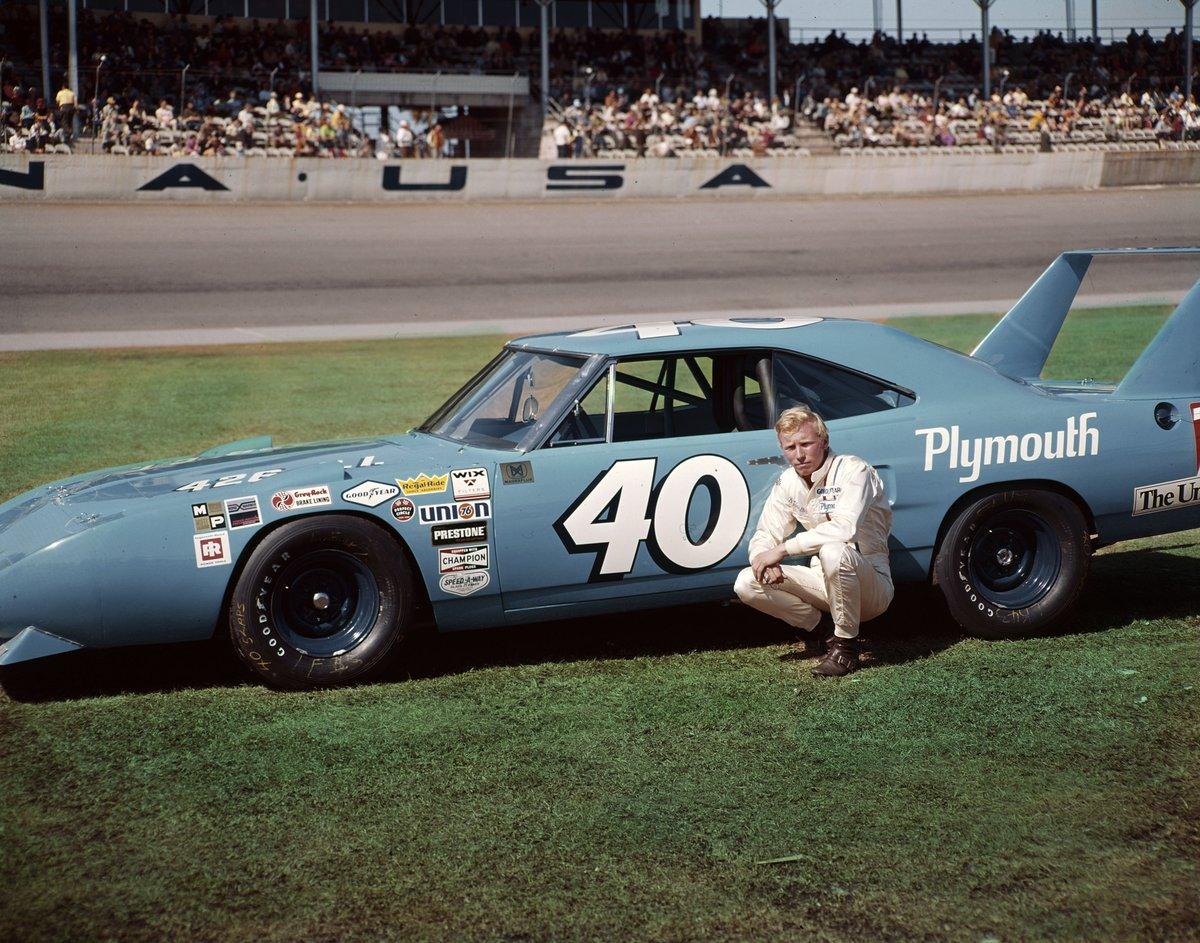 #NASCAR : Décès de #PeteHamilton.<br>http://pic.twitter.com/wUindsNezX