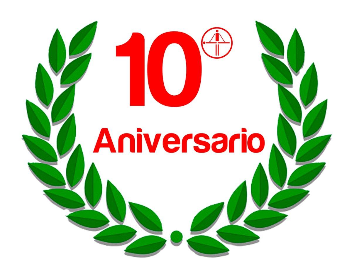 10 años! Y a por otros 10! Gracias por hacerlo posible! #aniversario #fisioterapia #sardinero #feliz <br>http://pic.twitter.com/KyWxCcY6mB