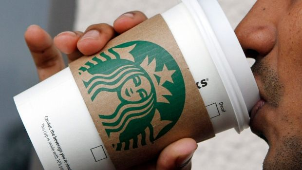 Starbucks Canada vows to hire at least 1,000 refugees https://t.co/n7M...