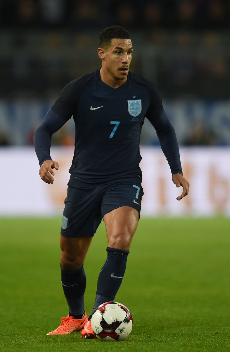 Jake Livermore sporting the No.7 shirt on his second appearance for th...