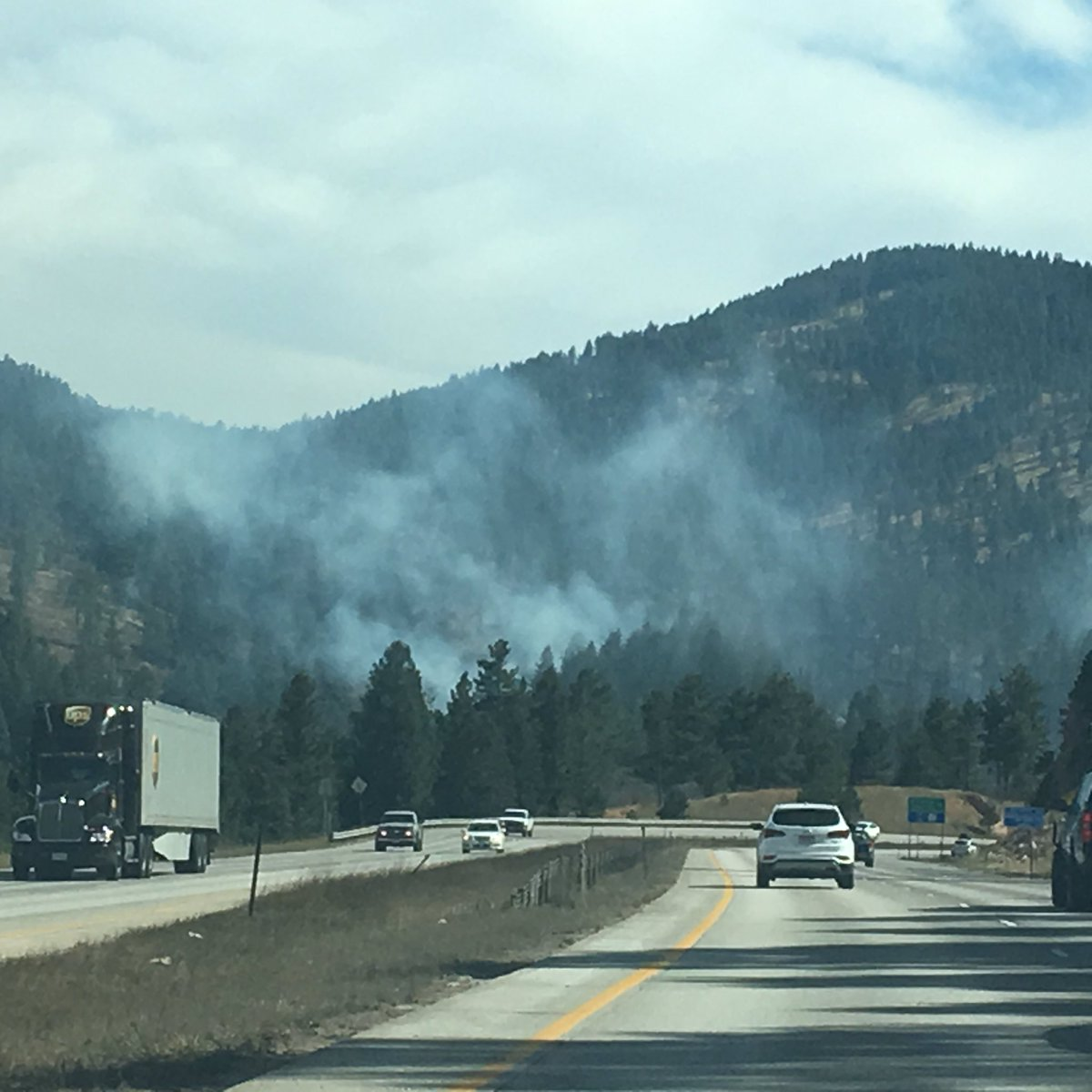 Smoke from #NorthTurkeyCreekFire as seen from Highway 285. https://t.c...