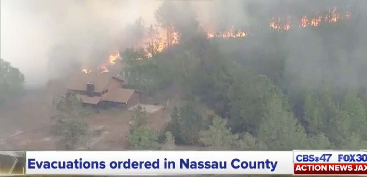 RAW VIDEO: #Chopper #video of #wildfire in Nassau County #Florida http...