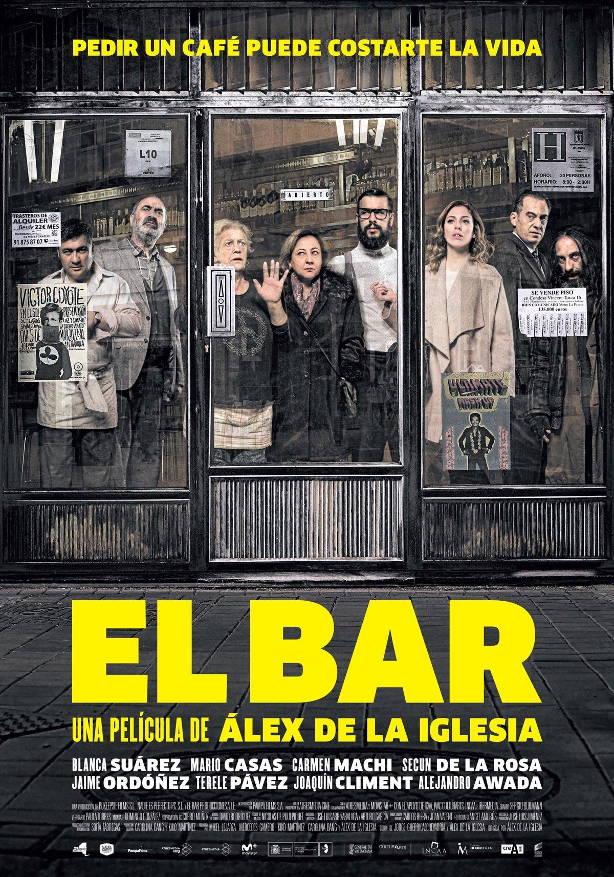 Increíble #elbarlapelicula de @alexdelaIglesia una película para pasar a la historia del #CineEspanol . Bravo 👏🏻👏🏻👏🏻👏🏻 PELICULÓN https://t.co/P4VlCMVwpq