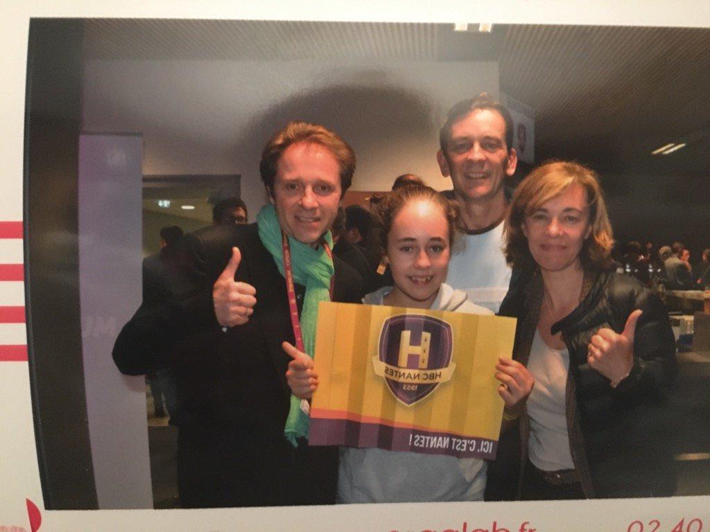 Merci @A2JV44 @EvalsApp super soirée avec la victoire du #H @HBCNantes<br>http://pic.twitter.com/HksFwGVatN