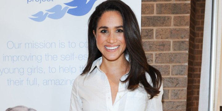 Your official guide to Meghan Markle's chic style https://t.co/6O6f3OK...