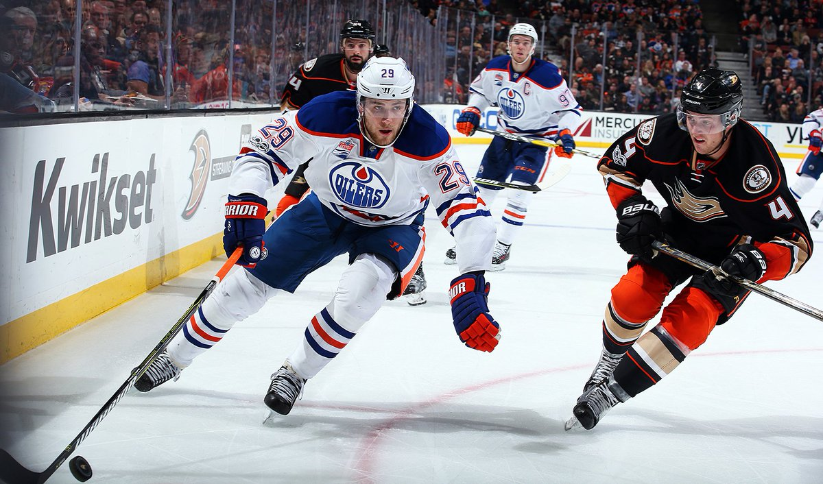 Game over. #Oilers drop 4-3 decision. #EDMvsANA https://t.co/JGkNhLpGA...