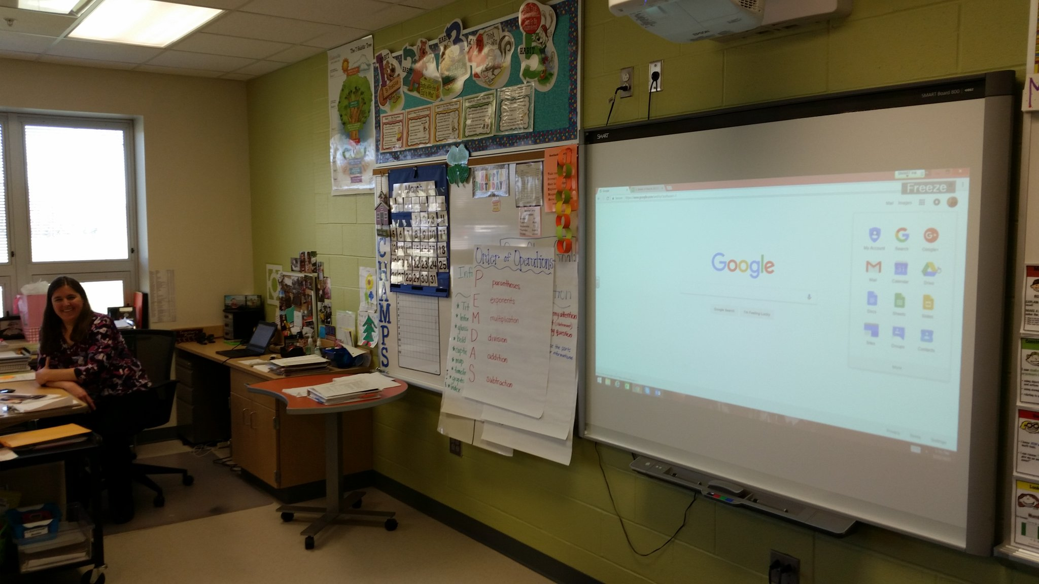 Karen Falkenstine, librarian at @SimpBobcats, shares her work with Google Docs and Drive. #SCShareFair https://t.co/IRQ21mPpvl