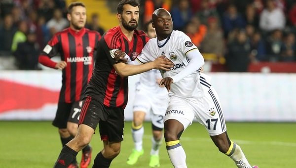ANALİZ - Süper Lig'de 25. haftaya sonuncu giren takım kurtulamıyor. ht...
