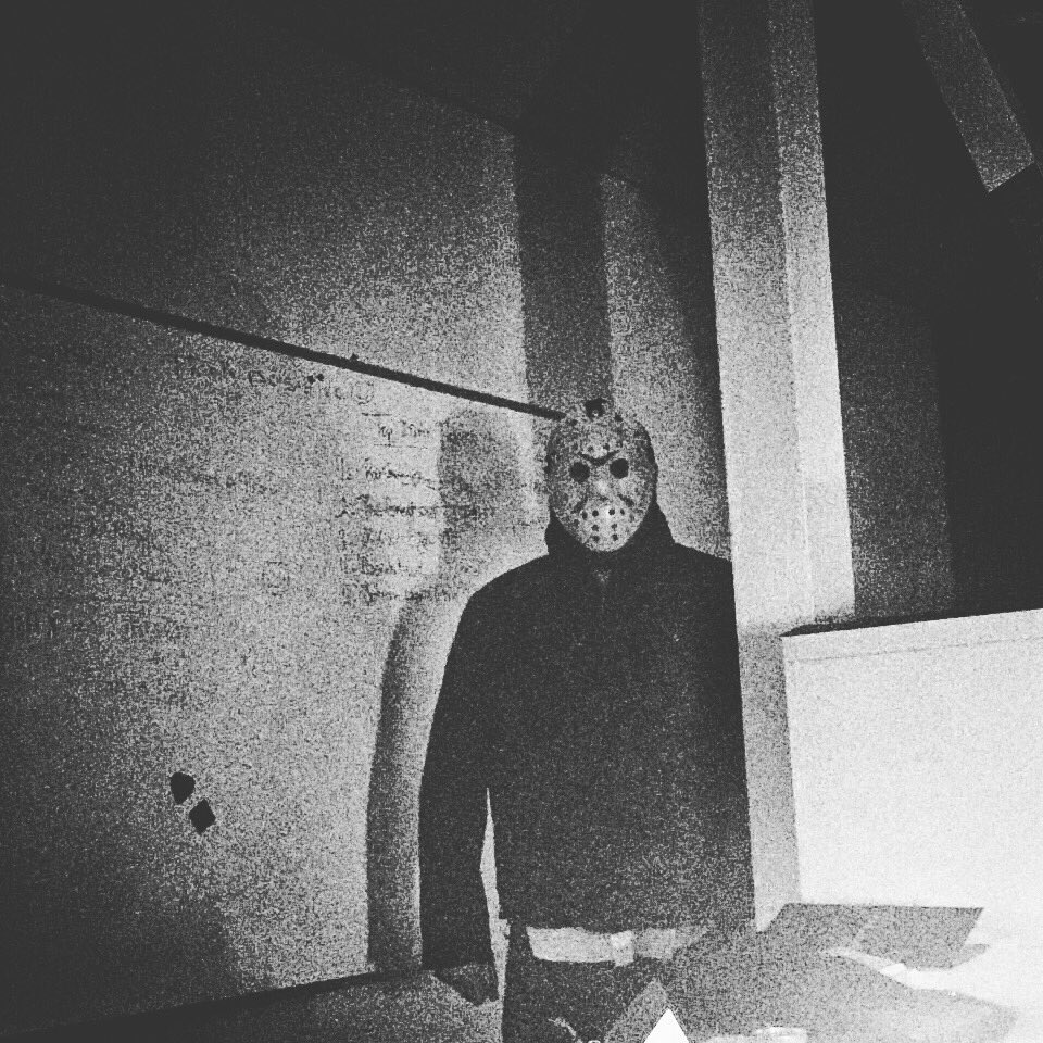 #anotherdayattheoffice #jasonvorhees #fridaythe13 #officefright #jason @VOXLebanon<br>http://pic.twitter.com/SvHT4owMVo