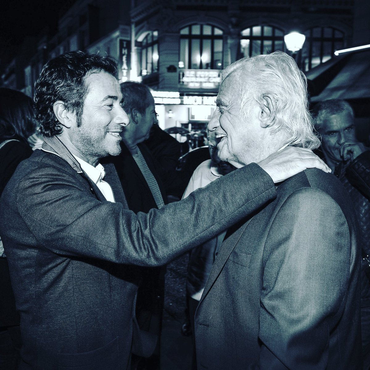 La légende #JEANPAULBELMONDO #admiration #respect #talent #gentillesse #cinema #art merci photo @charly.hel.pixhel.prod <br>http://pic.twitter.com/dK3SkgHech