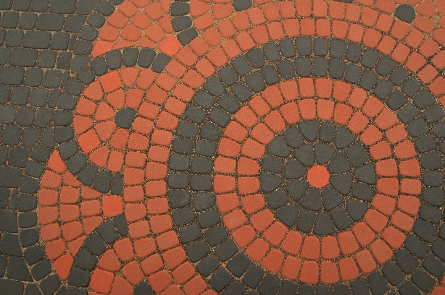 The symbols in the pavement. #mosaic #Lithuania #design #designthinking https://t.co/hC0szfGUEM