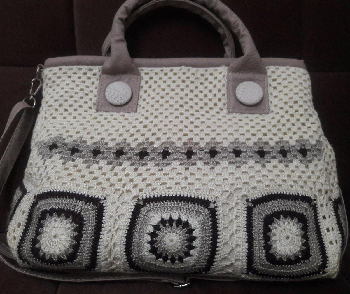 https:// tuzlumakas.blogspot.com.tr/?m=1  &nbsp;   Eskiyen çantalarıda yenilemek lazım  #çanta #motifliçanta  #dantelçanta #takip #blogger #ip #tığişi #tasarım #tarz<br>http://pic.twitter.com/DvUFUlk6am