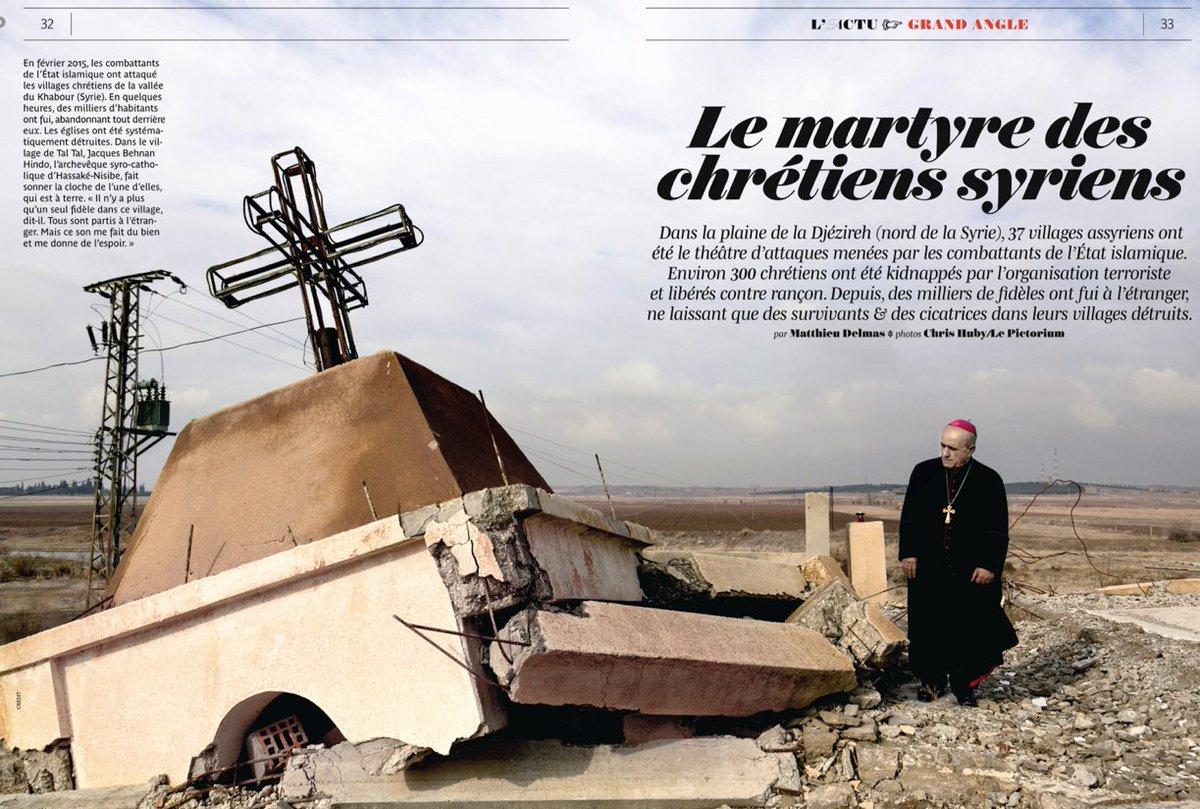 dans @pelerincom #reportage en #Syrie les #Chrétiens kidnappés et les villages détruits par @delmas_matthieu &amp; @Chris_Huby 6 pages #Daesh <br>http://pic.twitter.com/AwfUQV0u2I