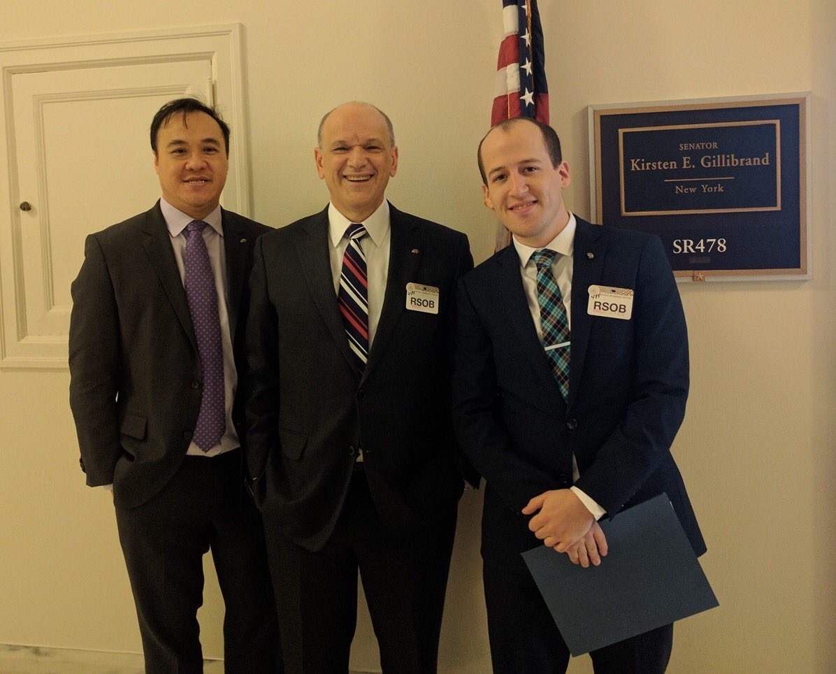 About to meet with @SenGillibrand's office! @EricJNestler @hyu68 #sfnhillday https://t.co/t89yqGfvqV