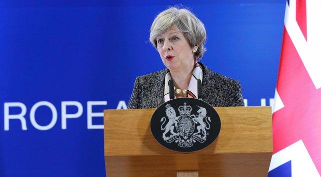 İngiltere Başbakanı May, saldırganın kimliğini açıkladı https://t.co/6...